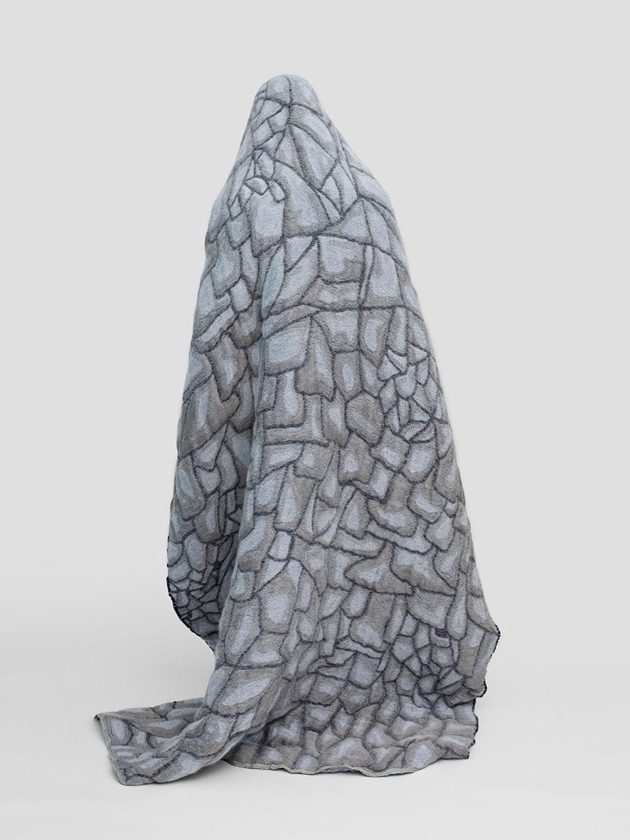 Hide-grey6